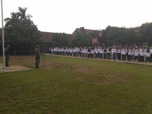 Latihan Dasar Kepemimpinan Siswa (LDKS) di Sekolah SMKN 04