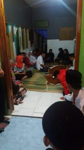 Korban tersambar petir di rumah duka almarhum Bapak Umar