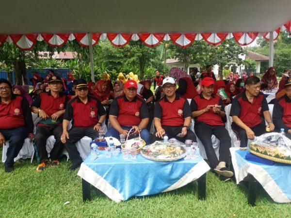 HUT PGRI Kota Bogor ke. 73 diselenggarakan  di Kebun Raya Bogor.